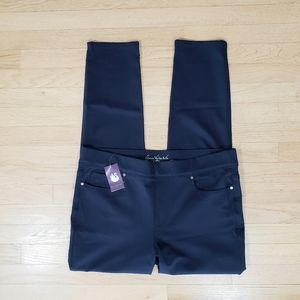 NWT Gloria Vanderbilt skinny pants size 16